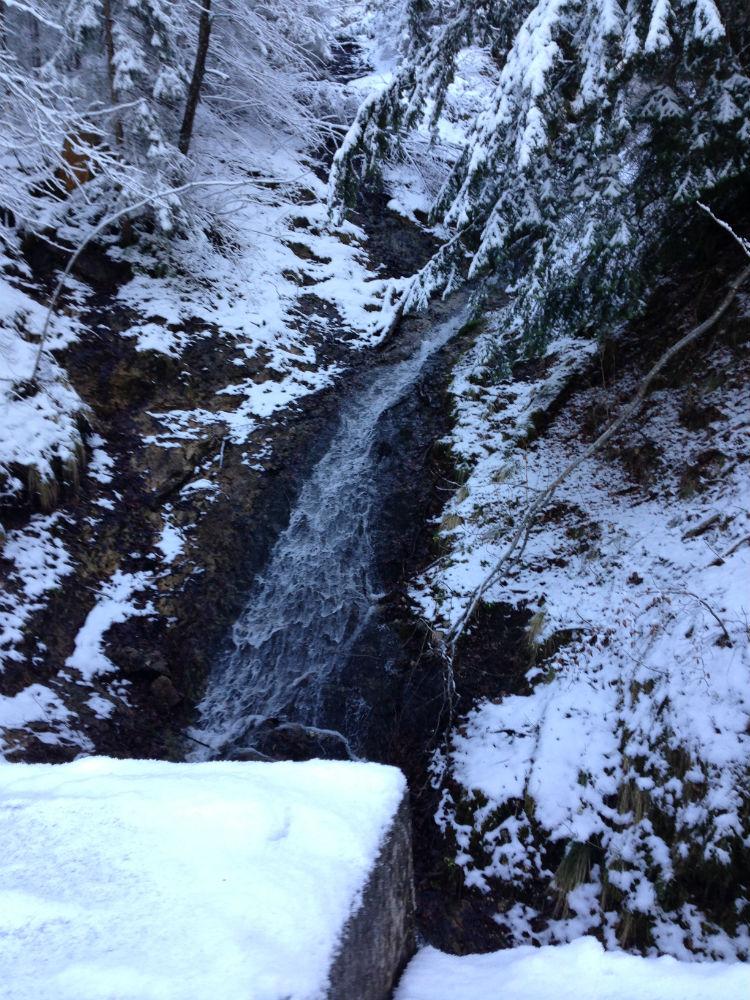 europe-waterfall